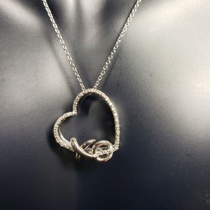 Diamond Heart XO Pendant Necklace (1/10cttw) 18""